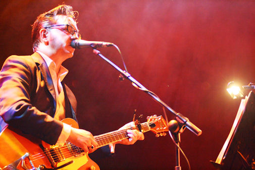 2010-02-14-richard-hawley-live-18