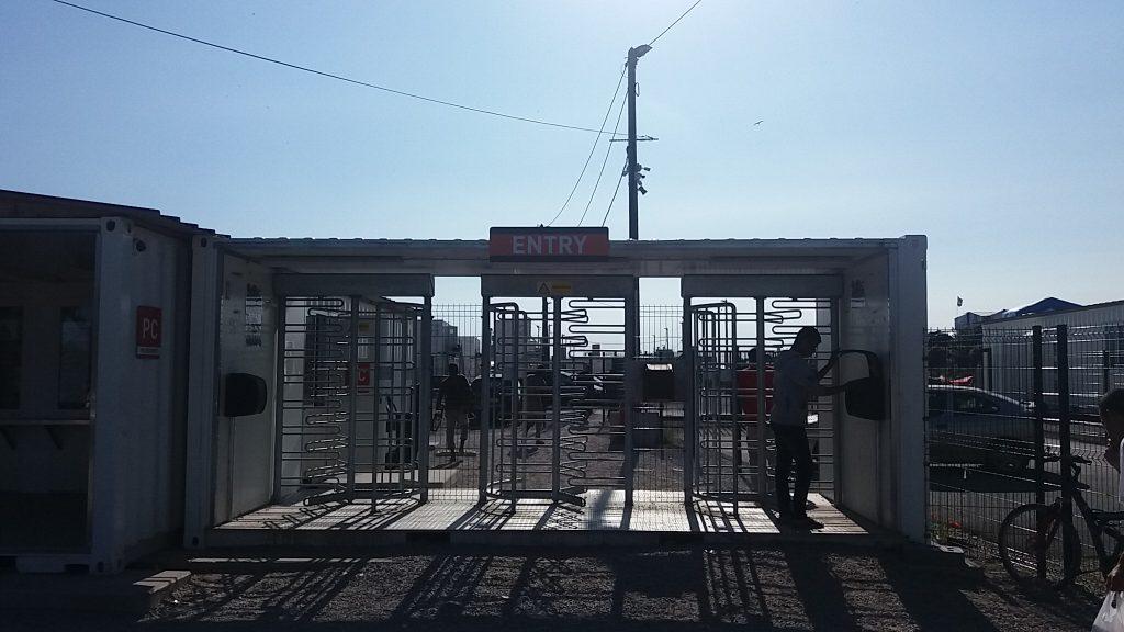 refugiados-calais-5-frontera