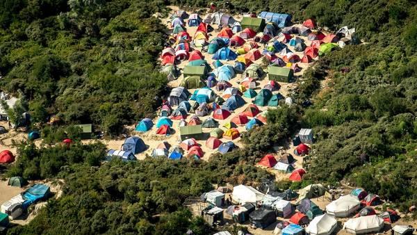 Foto aérea de La Jungla, en Calais (AFP)