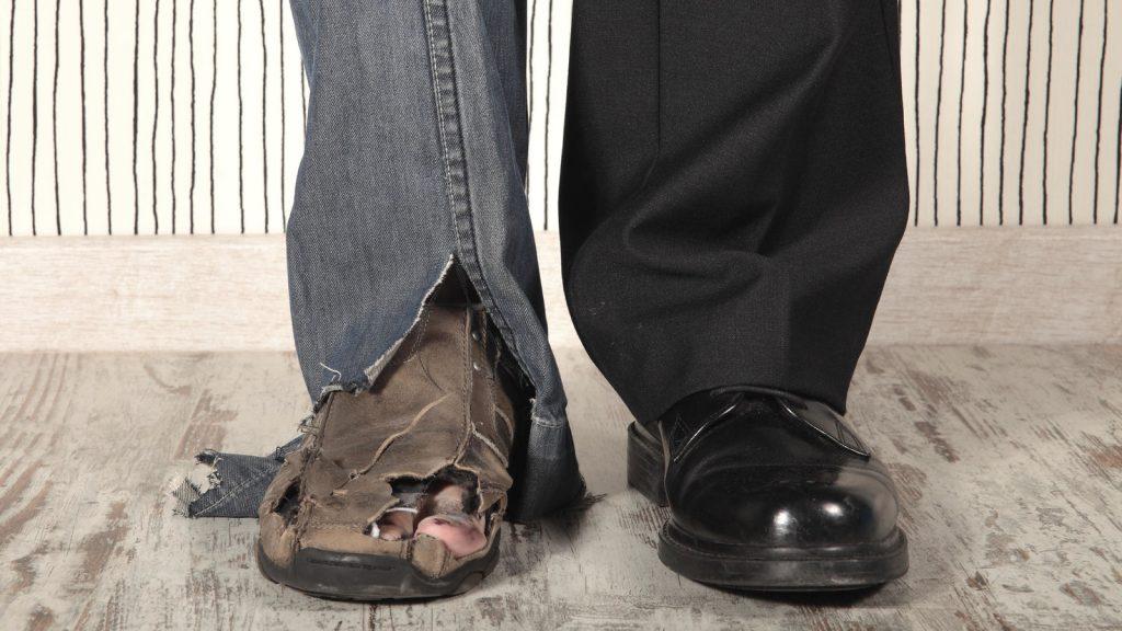 desigualdad-zapatos