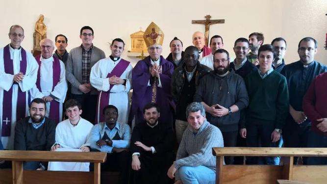 Rouco, con los seminaristas de Santiago