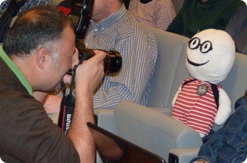 Foto del muñeco Stabri fotografiado por Manu Dibuja y este por Marcus Fernández