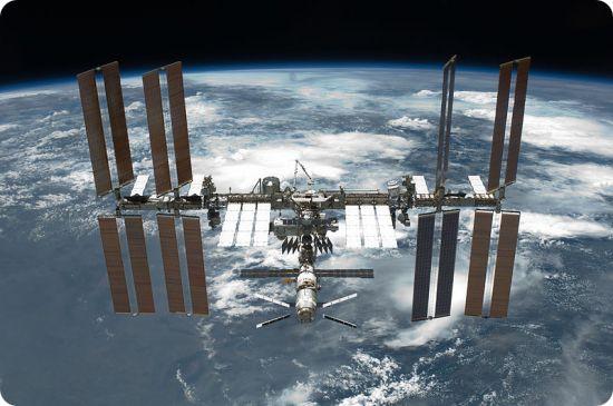 Estación Espacial Internacional vista desde el transbordador espacial Endeavour